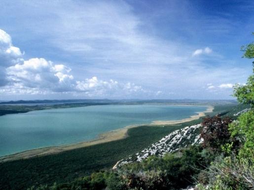 A Vrana-tó Természeti Park még napjainkban is őriz titkokat, így állandó forrása számos kutatási területnek.