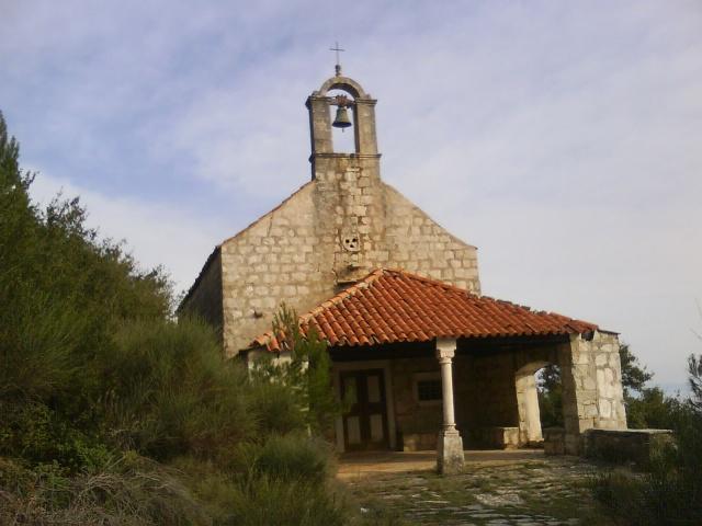 Žukovac-ban áll a gótikus Szent Lőrinc templom, amely 1335-ben épült.