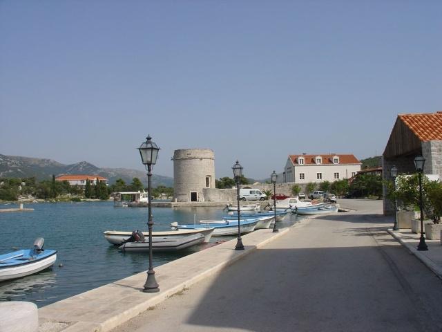 Toljevac-torony, Mali Ston