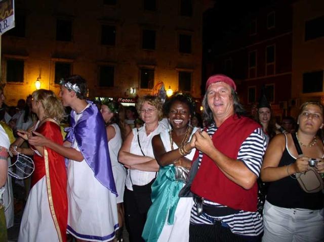 Tucepiben sok nyári szórakoztató rendezvény várja a turistákat.