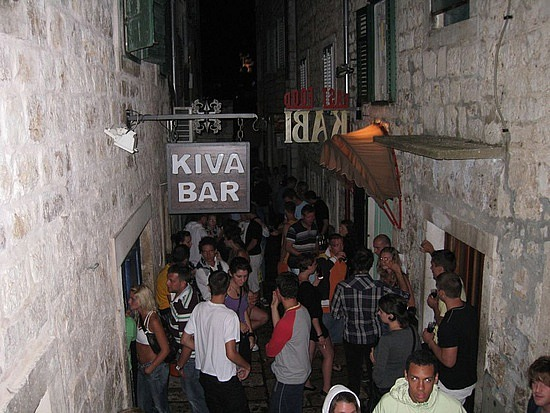 Kiva bár, Hvar