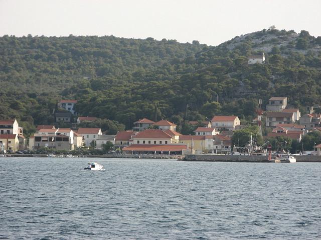 Kikötő, Tkon