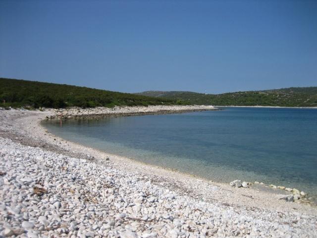 Soline-hoz közel egy híres strand is található, ez a Sakarun strand.