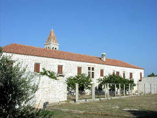 Szent Domnius ferences-rendi kolostor, Kraj, Pašman sziget
