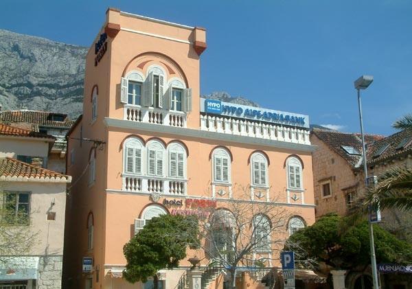 A Kacic-Peko palota ma szállodaként funkcionál, Makarska