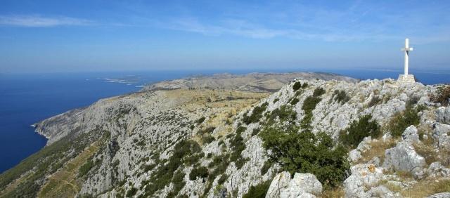 A sziget legmagasabb pontja a Szent Miklós-domb.