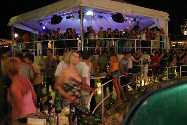 Veneranda disco club, Hvar
