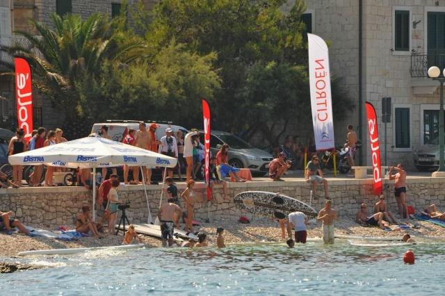 A nyári extrém sport fesztivál (Vanka regule), Sutivan
