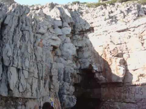 Babino Polje - Odüsszeusz barlang, Odisejeva špilja